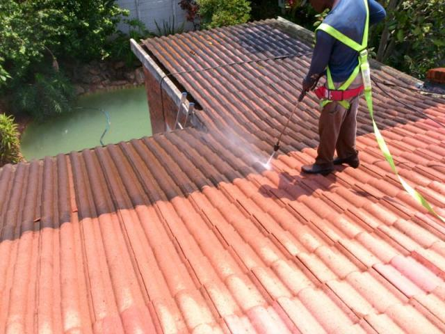 High Pressure Cleaning Services - 3/3