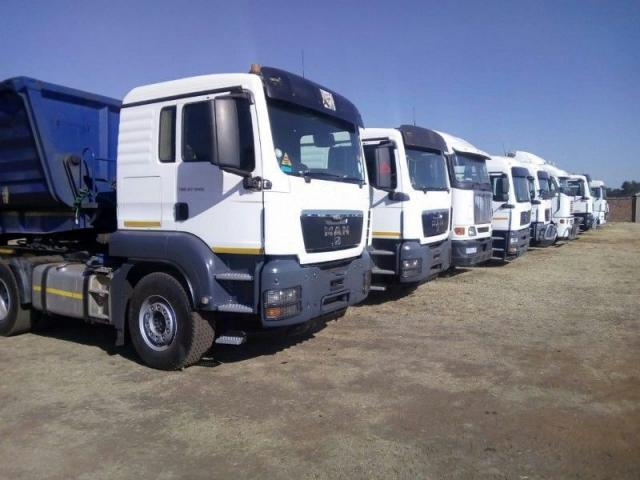 45 Side tippers trucks for hire in rustenburg - 1/3
