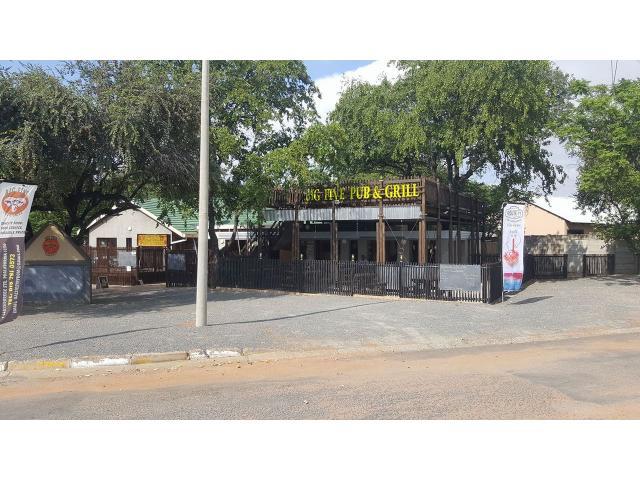 Big Five Pub and Grill - 1/4