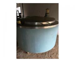 Milk cooler tanks