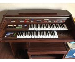 Technics U40 Electric Organ