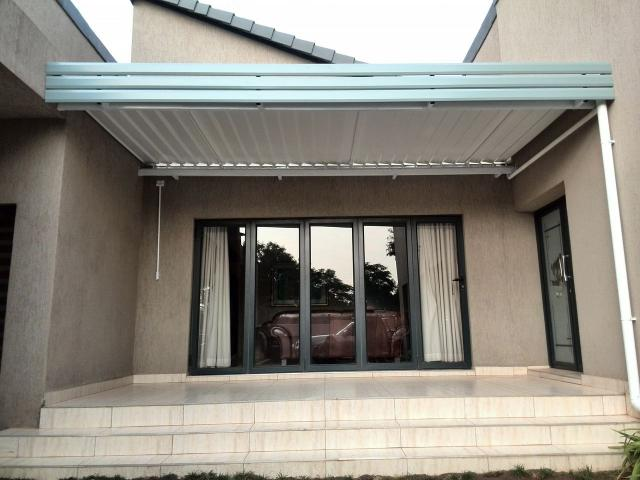 Adjustable Louvre Awnings | Class Ads