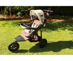 Chelino Pram, Car Seat and Base
