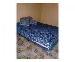 Queen base set bed