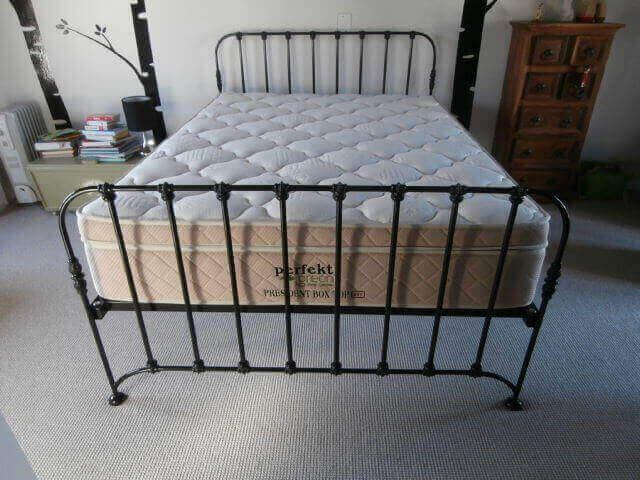 Metal, Steel, Wrought Iron Beds and Daybed Manufacturers - 4/4