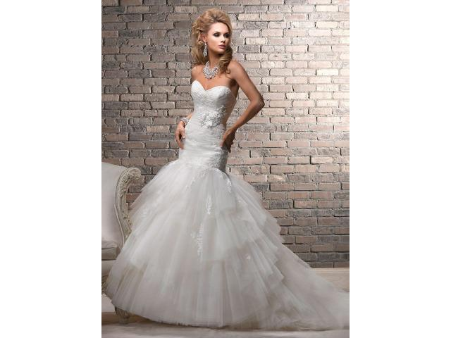 Wedding dress cleaning specialists.. - 4/4