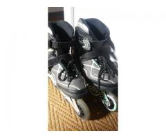 Rollerblades size 5 Good condition
