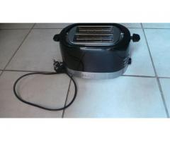 TOASTER (Russel Hobbs) POT (Caster Iron) and TOILET SEAT (Brand New)
