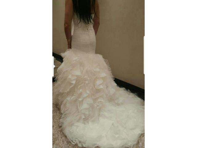 WEDDING DRESS - 3/3