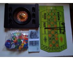 COMPLETE ROULETTE SET WITH POKER CHIPS and PLAY MONEY FOR SALE