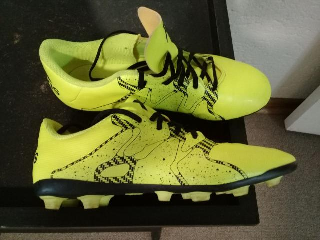 SOCCER BOOTS - 1/3