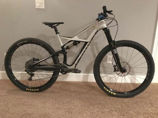 Moving Sale, Specialized Enduro Expert - 1/1