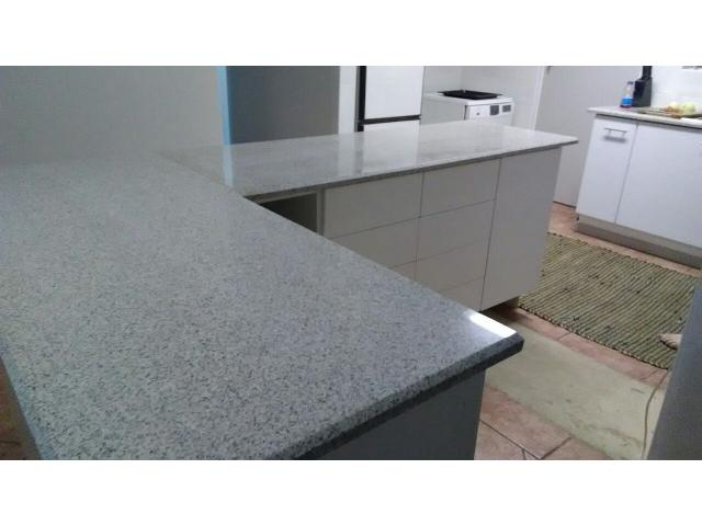 kitchen granite countertop - 2/2
