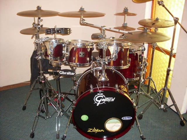 DRUM LESSONS CHEAP, ALL AGES, ALL GENRES!!! - 3/3