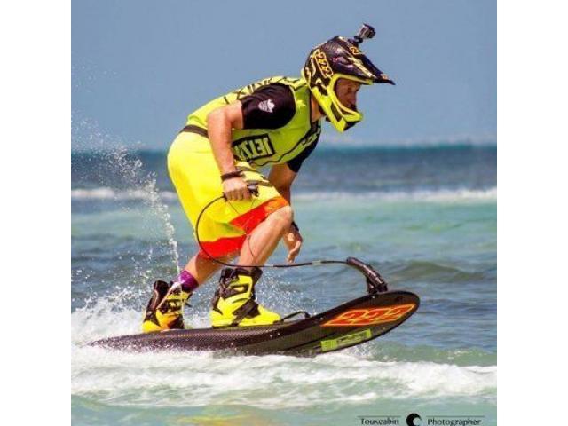 jetski powered surfboard - 3/4