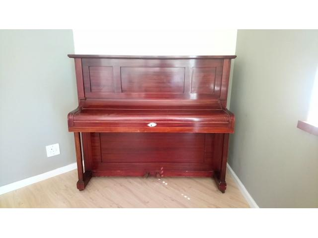 100 Year old piano FOR SALE - Kuhla, Fritz Model P (Upright piano) - 1/4