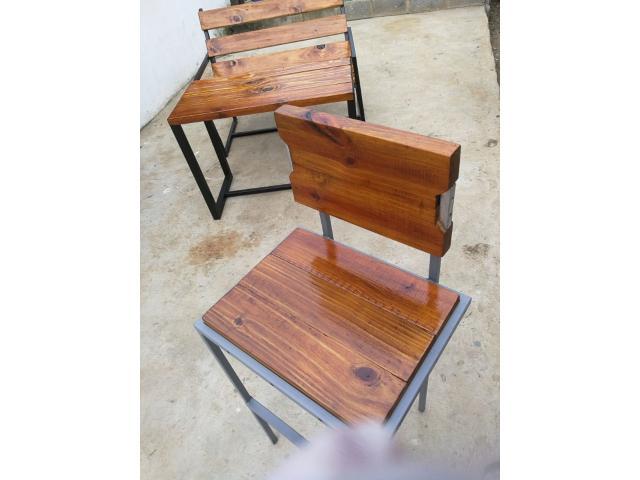 Metal and Wood Bar stool - 3/3