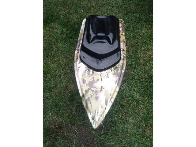 Hurricane Bait Boats - 4/4