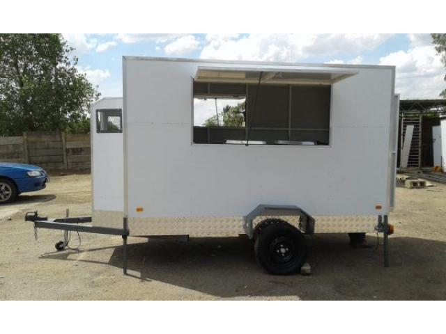 Mobile Kitchens 4×1.9m double axle - 1/2