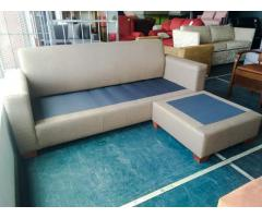 L-shaped couches with interchangeable daybed
