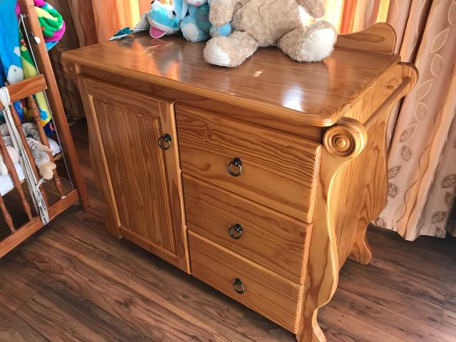Solid oak hand crafted compactum for sale - 2/2
