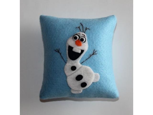 felt pillows - 3/3