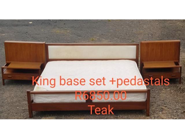 (Teak) King Size Bed Base Set + Pedestals - 1/1
