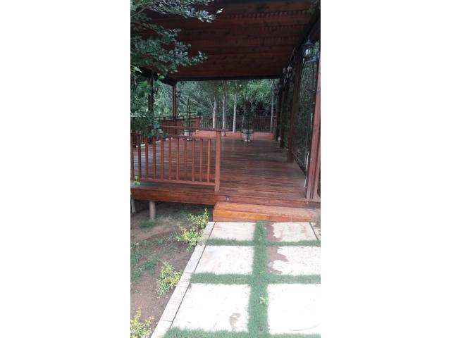 Landscaping and Garden Services - 2/4
