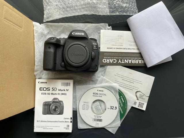 Canon EOS 5D Mark IV DSLR Camera: 1500USD - 1/2