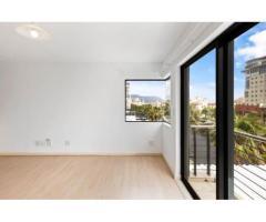 Bright 2 bedroom/2 bathroom unfurnished unit/undercover parking bays
