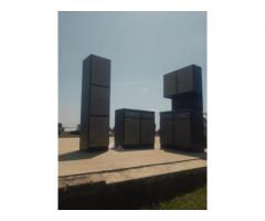 3PIECE KITCHEN CUPBOARDS IN METAL SELLING AT R5000 NEGOTIABLE