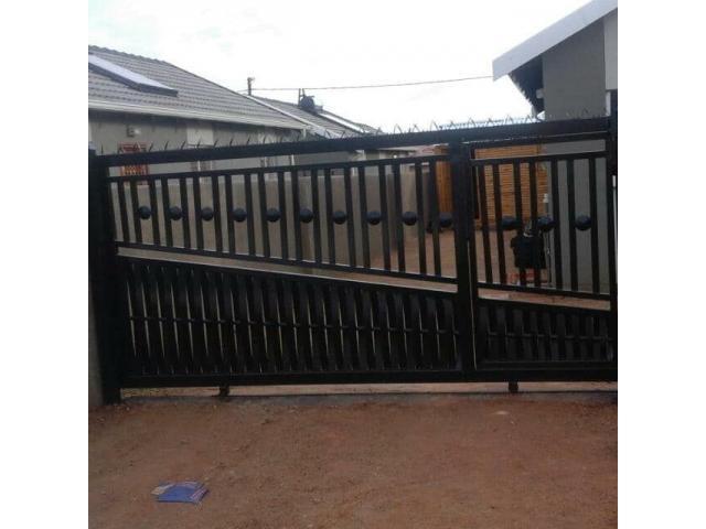Steel Structures, Carports, Balustrades, Palisade, Welding - 3/4