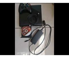 XBOX 360E 500GB HDD