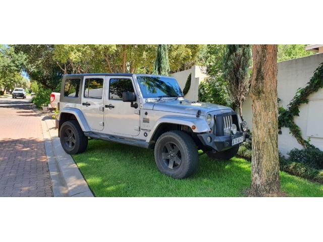 2010 Jeep Wrangler SUV - 1/4