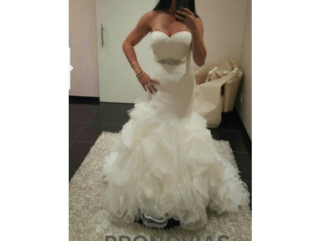 Pronovias wedding dress - 3/4